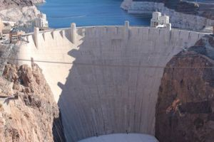 hoover-dam-photo_5501702-fit468x296